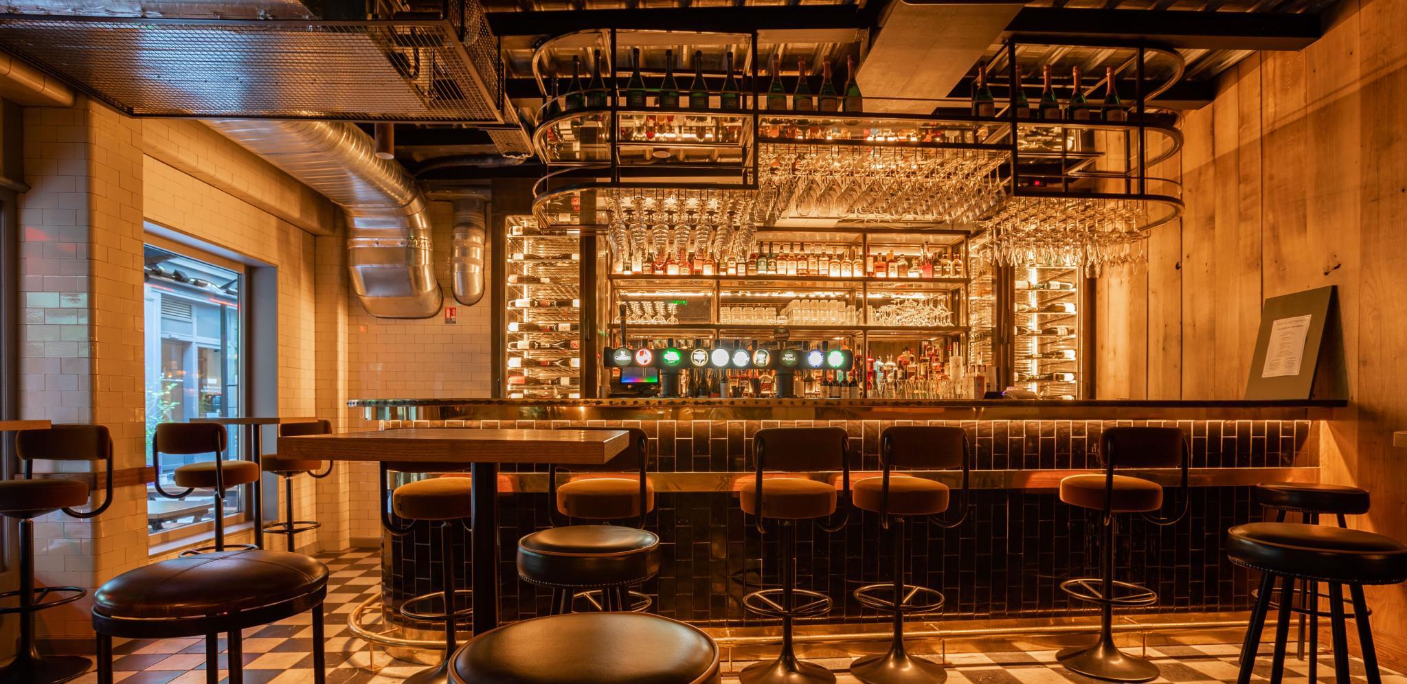 parrot-club-bar-vins